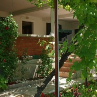 House Eli*** holiday house - your vacation getaway in the heart of Dalmatia only 70m from the beach!