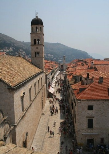 Sightseeing in Dubrovnik - Stradun