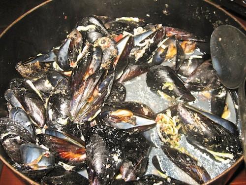 Eating in Croatia - Mussels
