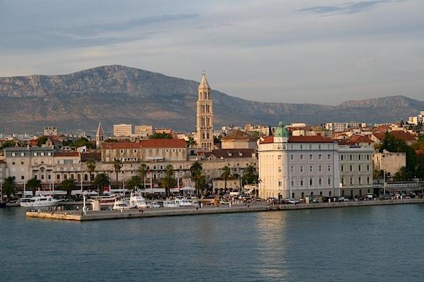 New Split - Brac - Hvar - Korcula - Dubrovnik catamaran line