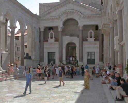 Split Photos - Peristyle