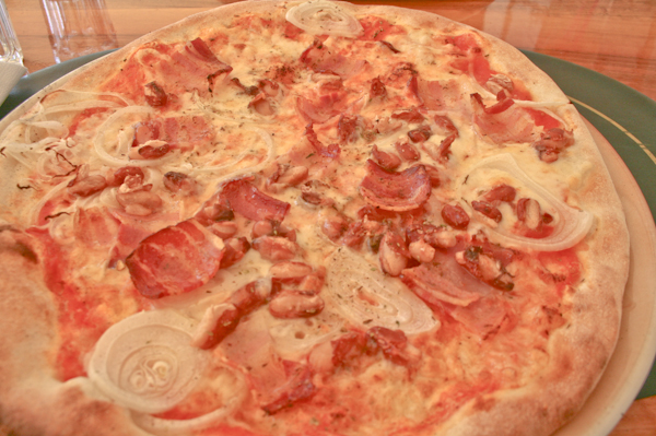 Eating and Drinking in Split - Pizzeria Galija