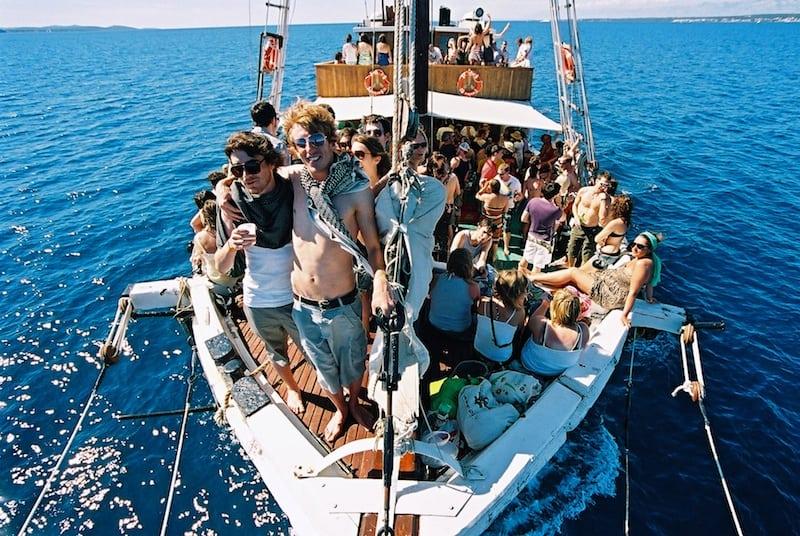 Love International Classic Argonaughty Boat party Shot credit David Bowen