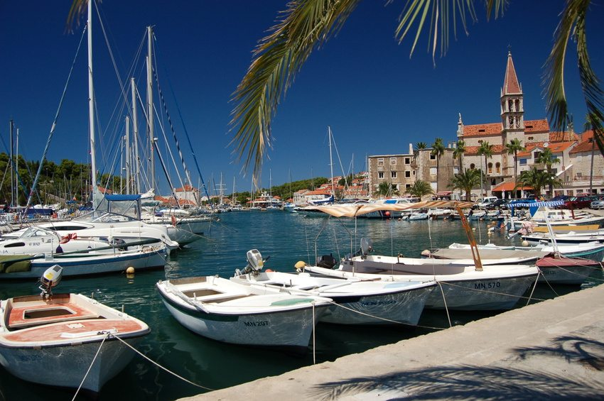 Island day trips from Split - Milna on Brac