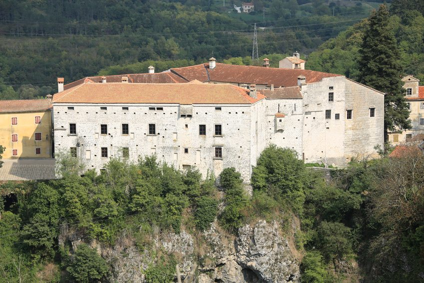 Day Trips in Istria - Pazin