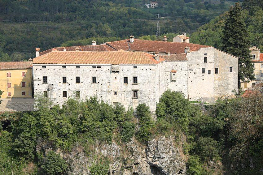 Day Trips in Istria - Pazin