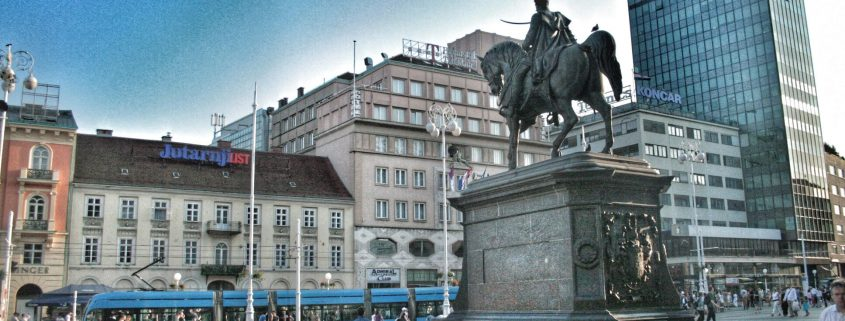 Sightseeing in Zagreb - Trg Ban Jelacic