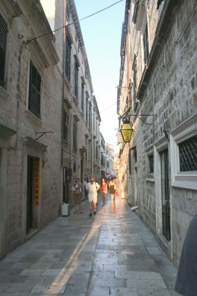 Dubrovnik Photos - Narrow streets at sunset