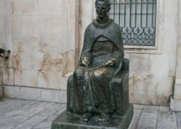 Dubrovnik Photos - Marin Drzic statue