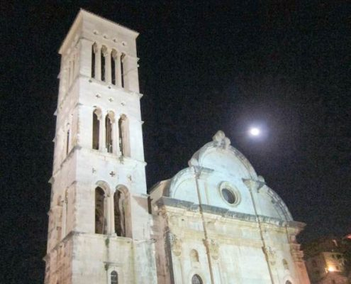 Photos of Hvar - St Stephen's Cathedral at night