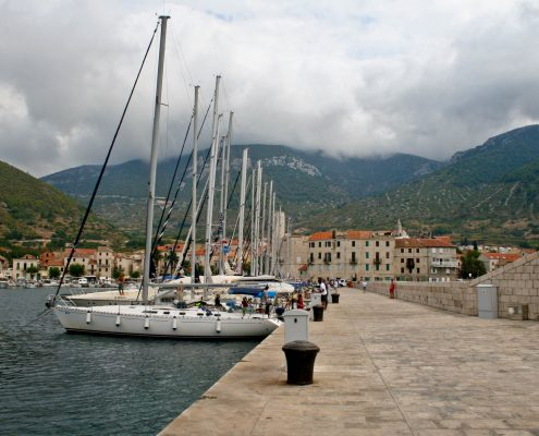 Photos of Vis - Komiza Town harbour