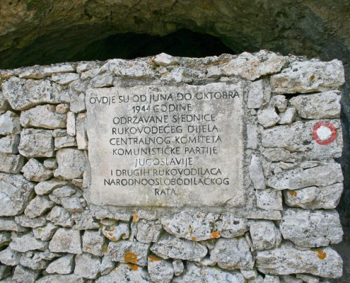 Photos of Vis - Tito's cave sign