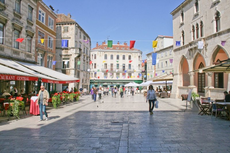 Sightseeing in Split - People's Square