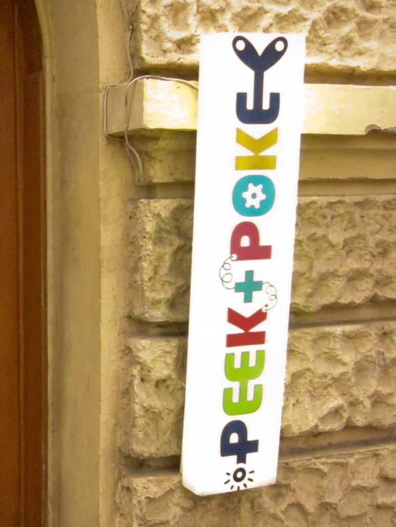 Peek & Poke Museum