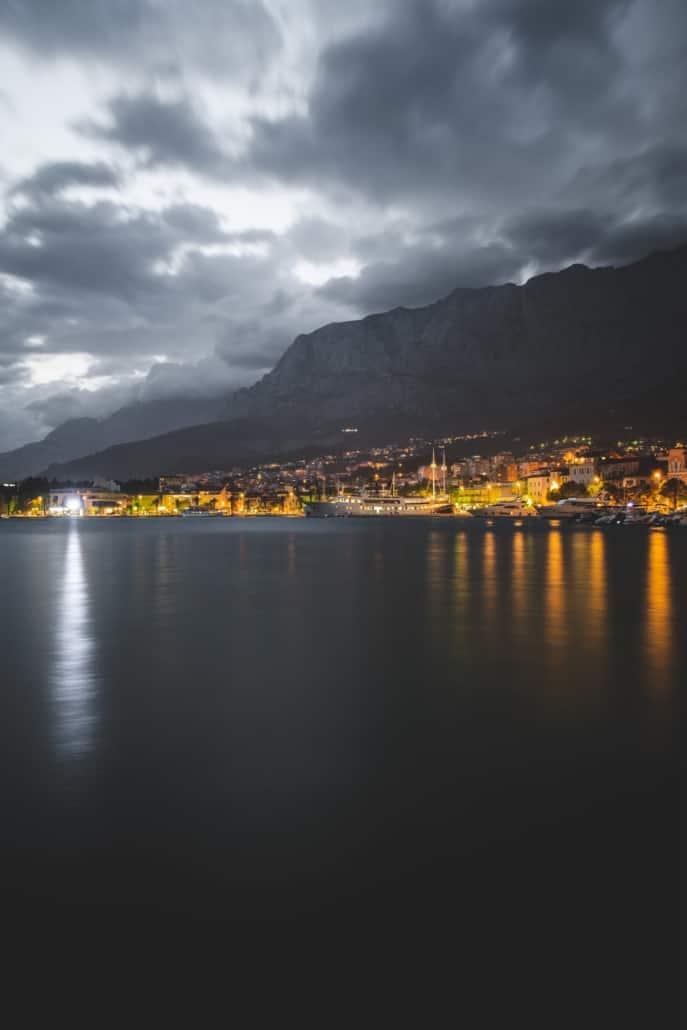 Photos of Makarska - Town at night