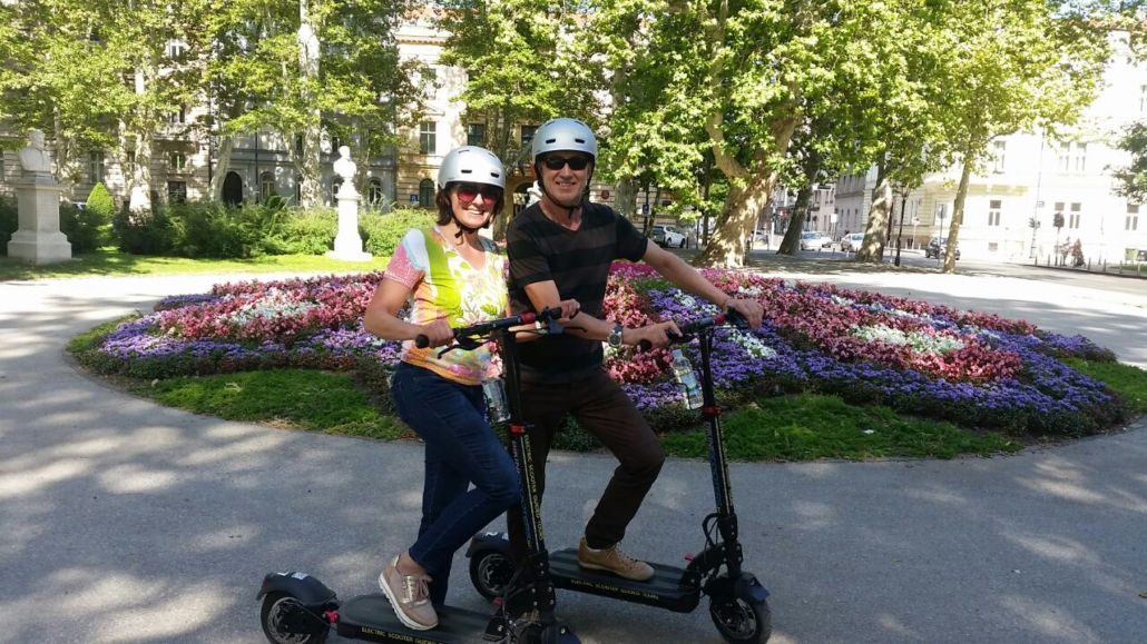 Zagreb by scooter - Bikini Scooters