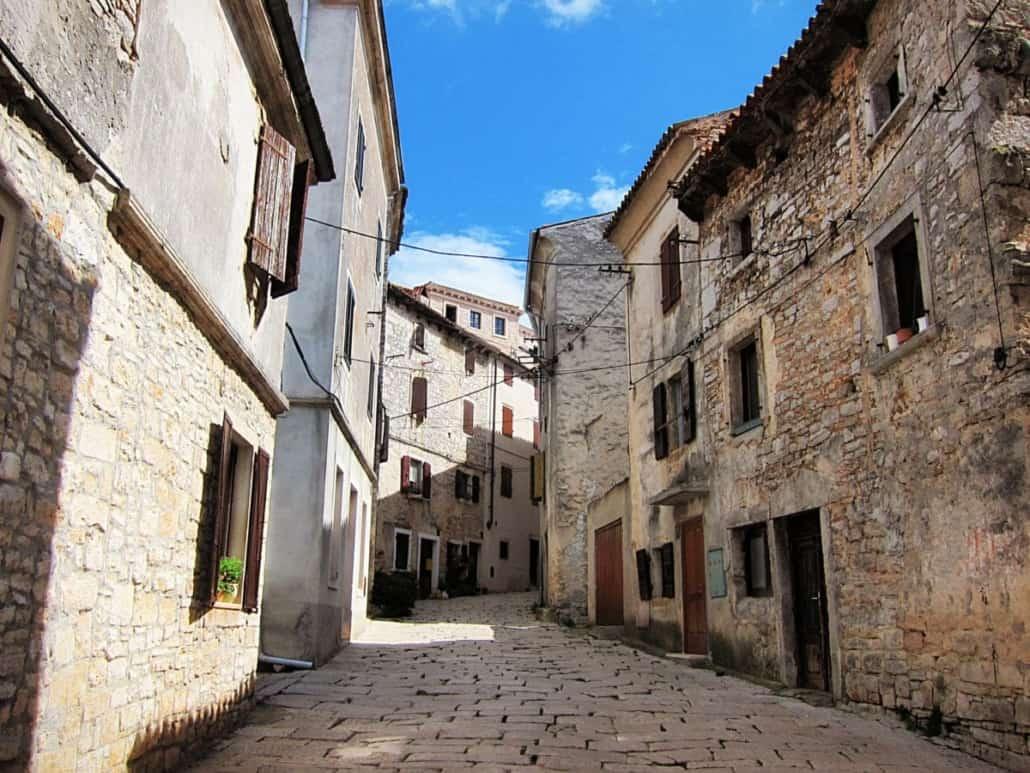 Bale Istria street