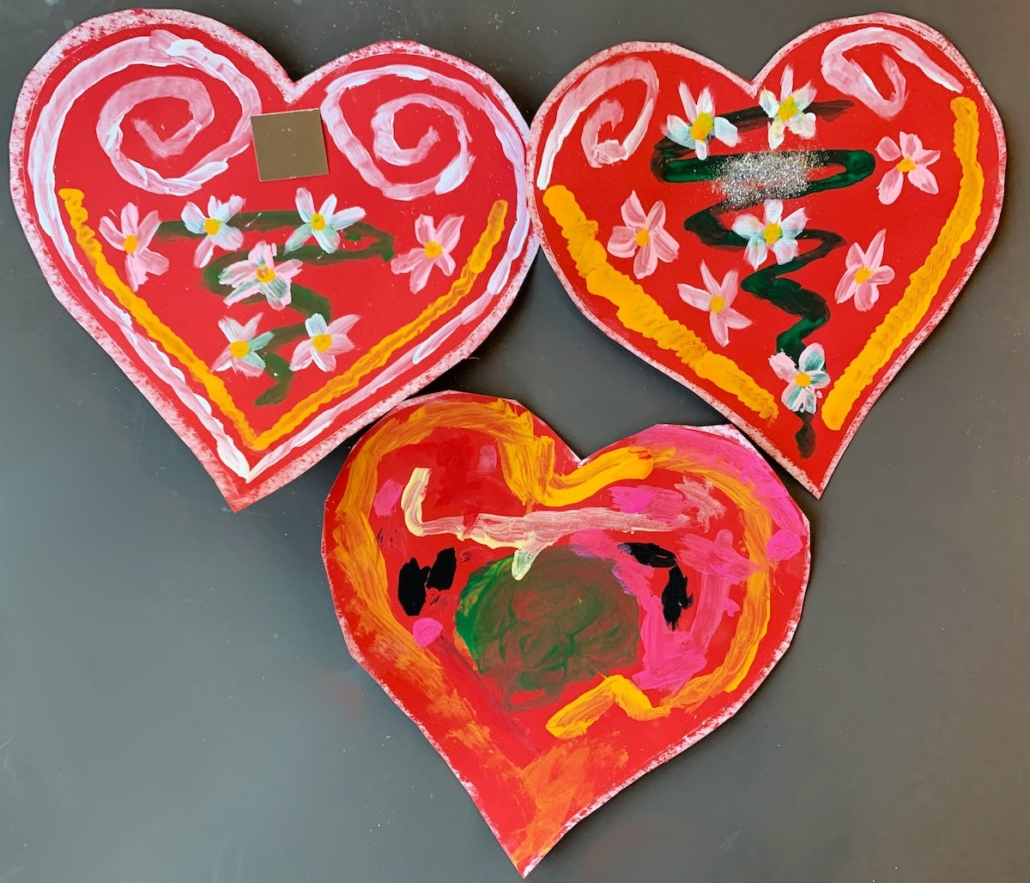 Painted Paper Licitar Hearts
