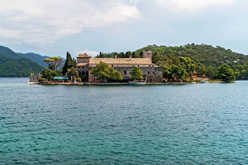 Sightseeing on Mljet - Benedictine Monastery